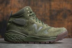 New Balance Fresh Foam Paradox Boots New Balance Boots, Best Comfortable Shoes, Boots Online, Sneaker Boots, Adidas Men, Sneakers Fashion, Casual Shoes, Hiking Boots, Baskets