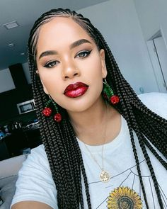 22 Inches 6 Packs Crochet Box Braids, 22 strands/pack, Usually 6 Packs can be full a head. 4 colors optional, box braids mediuim brown and black. Box Braids Hairstyles, Braided Ponytail Hairstyles, Braids Wig, Hairstyles 2018, Zendaya Hairstyles, Braided Locs, Evening Hairstyles, Hairstyles Videos, New Hair