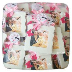 ♥ Tiryaki Hobi ♥: Keçe nikah /nişan şekeri / magneti - (Tayfun & Semra)  -----  felt frames / wedding favor