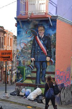 Salvador Allende mural in Valparaiso Latina, Victor Jara, Chile, Street Art, Rues, Pablo Neruda, Socialism, Llamas, Traveling By Yourself