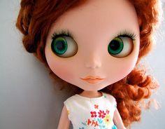 wide-eyed Blythe
