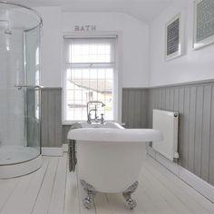 Grey Bathroom Interior Design Lovely 20 Best White Bathroom Vinyl Flooring – Most Popular Modern Bathroom Design Ideas for 2019 Victorian Bathroom, Vintage Bathrooms, Grey Bathrooms, Rustic Bathrooms, Country Style Bathrooms, Bad Inspiration, Bathroom Inspiration, Bathroom Styling, Bathroom Interior Design