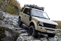 Land Rover LR3, awesome follow up of the Land Rover Discovery, although I wish they would've kept the name. Either way, a nice SUV