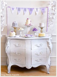baby love baby shower dessert table lavender - would also make an adorable birthday dessert table. for anyone who loves purple. =) This is a baby shower but I like the setting. Baby Shower Color Lila, Lila Baby, Baby Shower Purple, Purple Baby, Baby Love, Baby Baby, White Shower, Baby Shower Desserts, Baby Shower Table