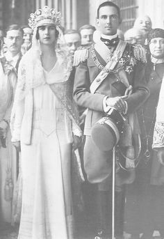Princess Marie José of Belgium married on 8 January 1930, in Rome, Prince Umberto Crown Prince of Italy. Her dress represents perfectly the mix between the fashion of the 1920s and the future design of royal dresses in the 1930s.