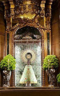 Altar de la Virgen del Pilar, Zaragoza España.