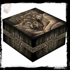 Shop for Lisa Parker Loyal Companion Jewellery Trinket Box From Nemesis Now. Compare live & historic home prices. Lisa Parker, Mirror Box, Design Your Dream House, Jewellery Boxes, Delicate Jewelry, House Prices, Box Design, Trinket Boxes, Decoration