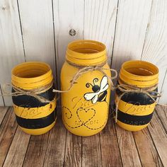 Summer Bulletin Boards For Daycare Discover Bumble Bee Mason Jars home decor Set of 3 Mason jars black and yellow stripes table centerpiece spring decor Wine Bottle Crafts, Mason Jar Crafts, Mason Jar Diy, Quart Size Mason Jars, Home Decor Sets, Bee Party, Painted Mason Jars, Mason Jar Painting, Pots