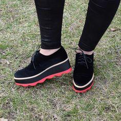 Pantofi cu toc   Pantofi eleganti   Pantofi luciosi   Pantofi trendy  Pantofi  Pantofi dama   Pantofi dama ieftini  Pantofi dama cu toc  Pantofi dama in trend  Pantofi dama casula  Pantofi dama eleganti  Pantofi dama primavara  Pantofi dama toamna  Pantof