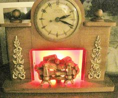 United Clock Corp Model 419 Electric Fireplace By Antiquesinpa Clock Vintage Clock Electric Clock