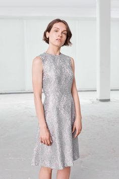 85cd69e4e Emilia Wickstead Resort 2018 Collection Photos - Vogue Feminine Dress