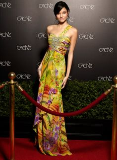 Such a beautiful statement dress that would spice up any event or party! Taking risks is a good thing!