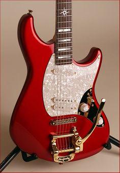"Thorn guitars ""California Special"" C/S-015 Gretsch, Jackson, Deus Ex Machina, Guitar Building, Fender Guitars, Guitar Design, Cool Guitar, Playing Guitar, Bass"