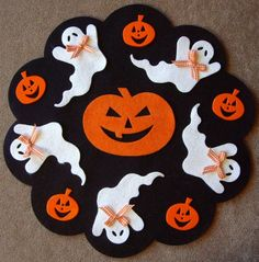 Penny rug/Wool Felt Applique/Wool Applique/Primitive/ You Sew Kit/ Halloween       