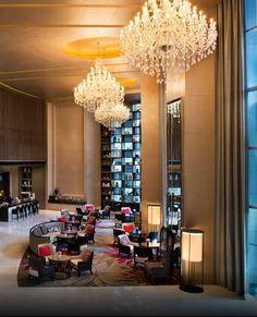 the elegant lobby of the Bangkok Marriott Hotel Sukhumvit #Thailand