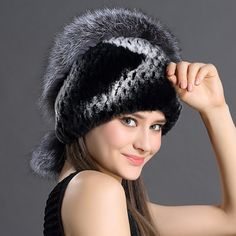 79.59$  Watch here - http://alisq4.worldwells.pw/go.php?t=32695767567 - Female Winter Rex Rabbit Fur Knitted Natural Animals Fur With Fox Fur Decorated Single Size Women Winter Beanie Knitting Hats 79.59$
