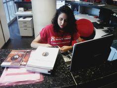 Uma das Bibliotecárias do CCBNB Cariri, Vitória Gomes.