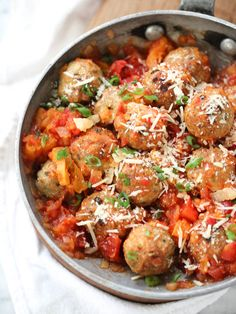 Tabasco Chicken Meatballs in a Spicy Tomato and Apricot Sauce is sweet and spicy in every bite | foodiecrush.com