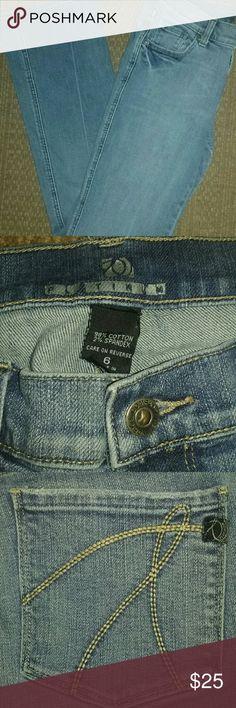 New York & Co. Platinum Jeans 98% Cotton 2% Spandex New York & Company Jeans