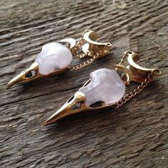 Gold Bar Stud earrings in Gold fill, short gold bar stud, gold fill bar post earrings, gold bar earring, minimalist jewelry - Fine Jewelry Ideas Ear Jewelry, Cute Jewelry, Body Jewelry, Jewelry Box, Jewelery, Jewelry Accessories, Unique Jewelry, Skull Jewelry, Piercings
