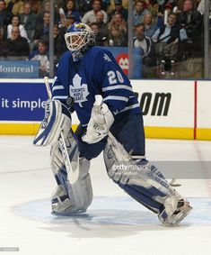 ed-belfour-of-the-toronto-maple-leafs-protects-the-net-from-the-picture-id50883971 (851×1024)