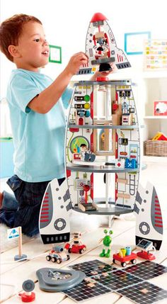 Discovery Space Center – A Dollhouse Made with Boys in Mind | A Life More Interesting