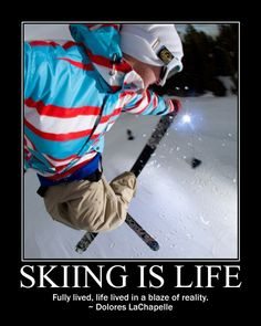 ski fly Up in the sky flying high! Alpine Skiing, Snow Skiing, Ski And Snowboard, Snowboarding, Trekking, Skiing Quotes, Freestyle Skiing, Kayak, Ski