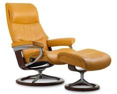 Fauteuil grand confort inclinable en cuir, Stressless View avec pied Signature (alliance du bois et du métal) en taille S.