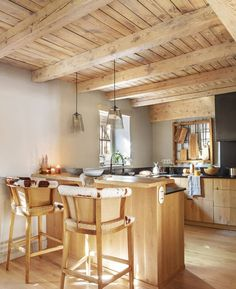 Modern rustic wood cabin in the Pyrenees Mountains - Daily Dream Decor