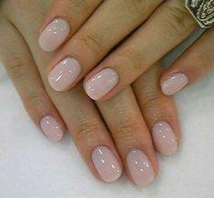 Quali sono le tendenze per le unghie in gel e le nail art da sposa