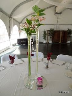 Centro de mesa para graduaci n tips pinterest - Mesa tower crystal ...