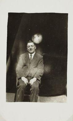 des fantômes dans des photos en 1905 par William Hope   des fantomes dans des photos par william hope 1905 1922 photographies d esprits 8