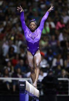 olympic gymnasts tasha schwikert - 697×1024