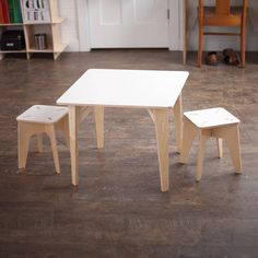 • 100% Baltic Birch Plywood • Simple Ten Minute Assembly, Build with Kids • Sturdy Artisan Joinery • Easy Disassembly for Table and Chair Storage • Sturdy Durable Construction • Rounded Corners & Edges • Made in the USA • Childrens Activity Table Great for Study, Arts, Crafts,