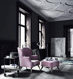 Beautiful studio apartment, dark walls.