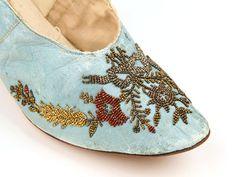 Up Close: Pumps c.1880-1890(Shoe Icons)