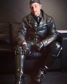 Kerls in Leder Leather Kilt, Motorcycle Leather, Biker Leather, Leather Gloves, Real Leather, Leather Men, Leather Jackets, Bomber Jackets, Soft Leather