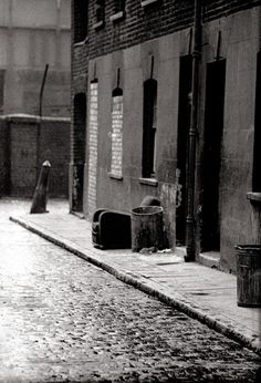 Photographer John Claridge took pictures in the East End between 1960 and 1987. St.SCENE. E.1-65