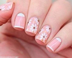 have a collection of 15 simple & easy spring nail art designs, ideas & stickers of Spring Nail Art, Spring Nails, Summer Nails, Daisy Nails, Flower Nails, Tulip Nails, Cute Nails, Pretty Nails, Floral Nail Art