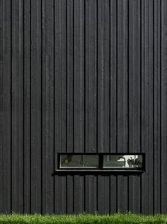 Sequenced timber cladding - different depths and widths creates visual interest in form and shadowing Detail Architecture, Timber Architecture, House Cladding, Timber Cladding, Cladding Ideas, Timber Battens, External Cladding, Wooden Facade, Black House