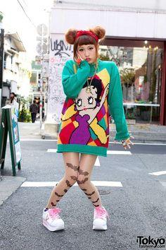 Tokyo Harajuku Kawaii girls fashion cute pop vivid neon colorful Japanese street styles as known as Kyary Pamyu Pamyu, zou zo uit een oude Ariadne kunnen komen! Tokyo Street Fashion, Tokyo Street Style, Japanese Street Fashion, Japan Fashion, Korean Fashion, Tokyo Style, Japan Street, Harajuku Girls, Harajuku Fashion