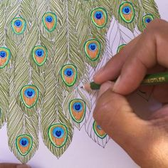 PEACOCK FEATHERS. Great idea for how to make peacock feathers look real. Adultcolorcrew.com