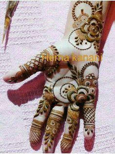 Pretty Henna Designs, Modern Henna Designs, Rose Mehndi Designs, Henna Art Designs, Mehndi Designs 2018, Mehndi Designs For Girls, Wedding Mehndi Designs, Dulhan Mehndi Designs, Khafif Mehndi Design