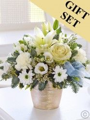 Winter White Sparkle Arrangement With Chocolates Christmas Flower Delivery, Best Flower Delivery, Online Flower Delivery, Flower Delivery Service, Christmas Flowers, Winter Flowers, Valentines Flowers, Mothers Day Flowers, Send Flowers