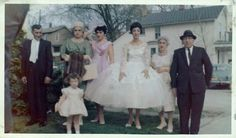fifties-sixties-everyday-life:  1950′s wedding.