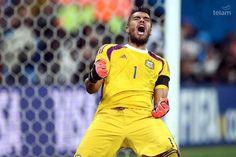 Histórico: Argentina finalista Manchester United, Under Armour, Ronald Mcdonald, Stars, People, Salvador, Fashion, Argentina, Confidence