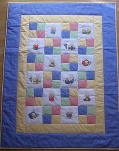 Saraibartesania: Colcha infantil de patchwork y bordados a punto de cruz