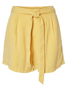 Casual summer shorts | High waist with tie strings | Zip and clasp closure | Slit pockets at the sides | Pleats at the front | False pockets at the back | Loose fit | Length: 39 cm in a size S | The model is 180 cm tall and wearing a size S Cream And Gold, Summer Shorts, Workout Shorts, Loose Fit, Mini Skirts, Zip, Casual Summer, Fitness, High Waist