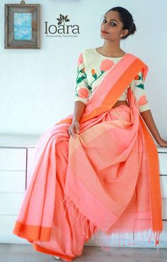 45 Ideas Embroidery Blouse Designs Indian Fashion Crop Tops For 2019 Indian Dresses, Indian Outfits, Saris Indios, Sari Bluse, Indische Sarees, Saree Jackets, Anarkali, Lehenga, Saree Blouse