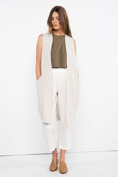 BUT ALL WHITE- Clyde Vest in Midweight Linen – Elizabeth Suzann